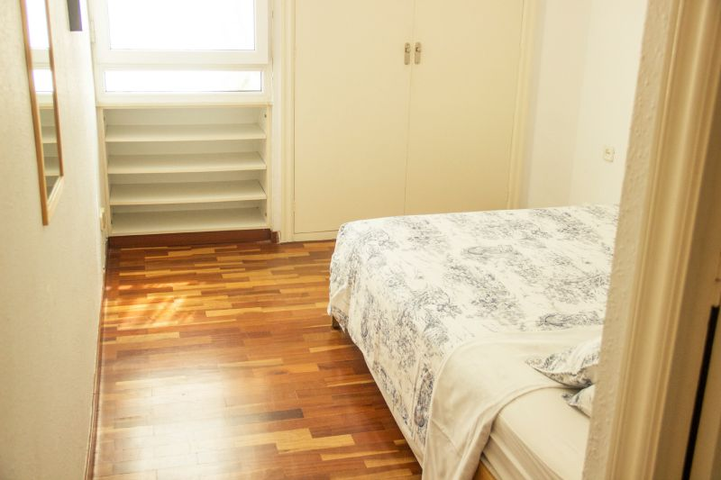 Sweet BCN Three Bedroom Apartment