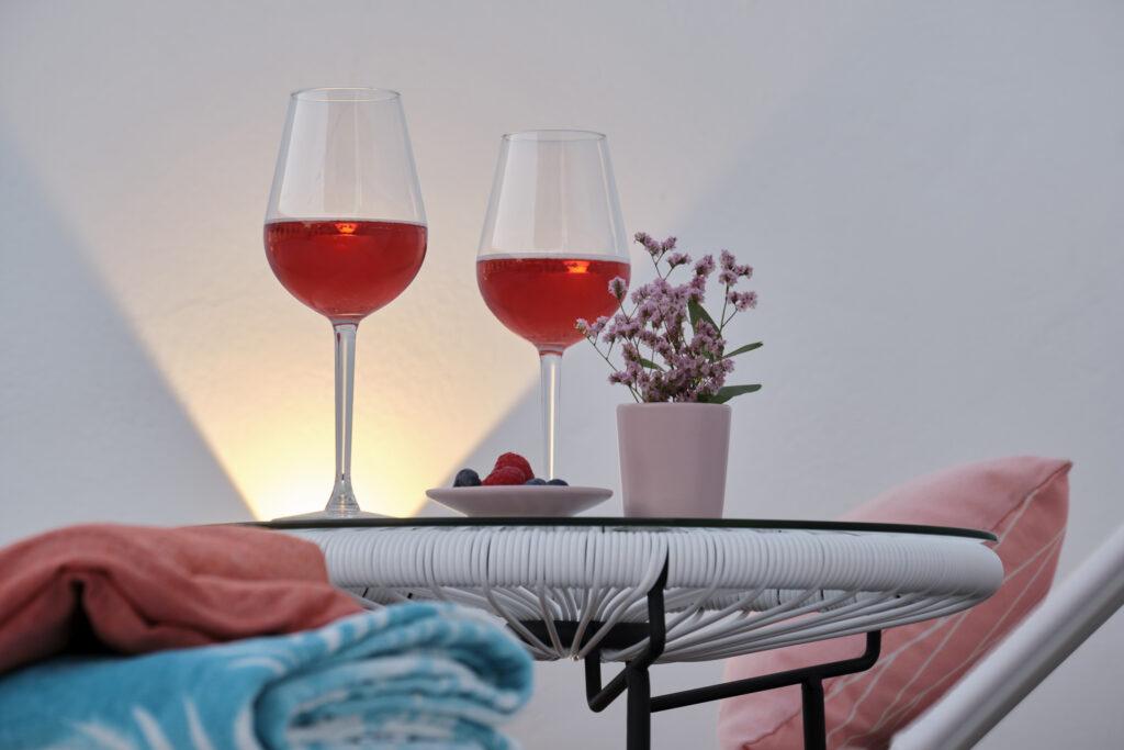 Servicio de bebidas en Sweet Sevilla Suites