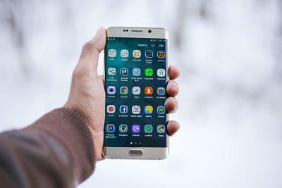 Aplicaciones móviles esenciales para tu viaje
