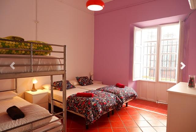 Habitación Familiar. Sweet Sevilla Hostel